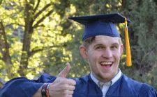 Graduado y sin dinero